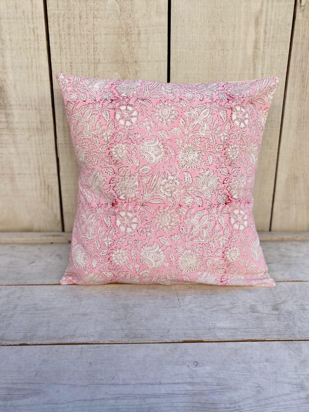 Funda de Cojín maxi flores 10 en rosado